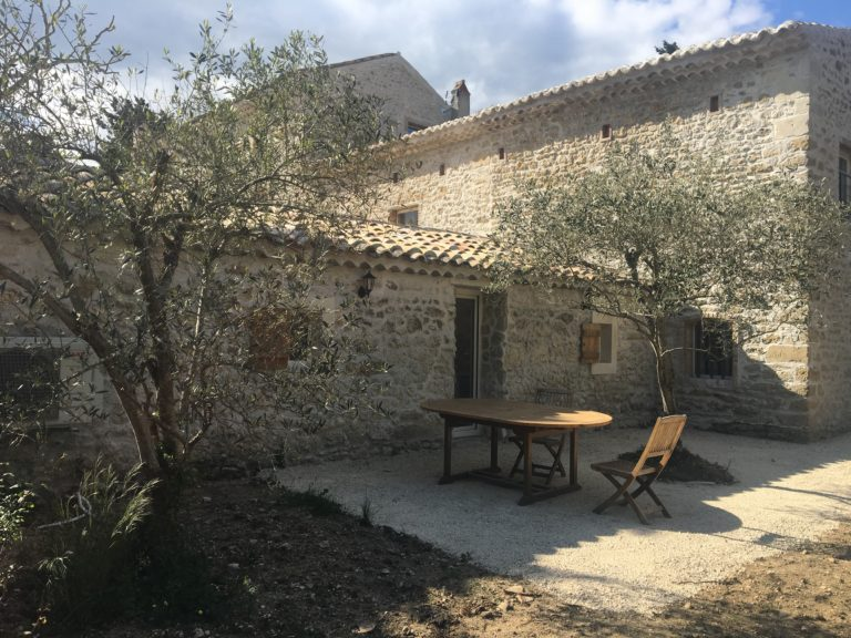 Terrasse privative côté lavande